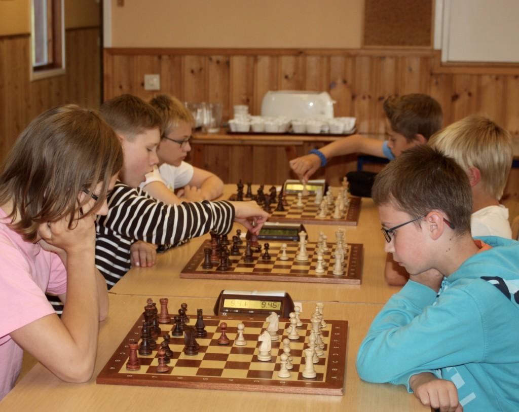 Spela-schack